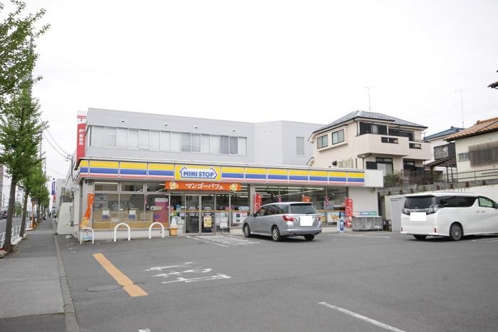 【周辺】 ミニストップ羽村市役所前店 徒歩5分 急に物入りの際など24時間営業なので心強いです。