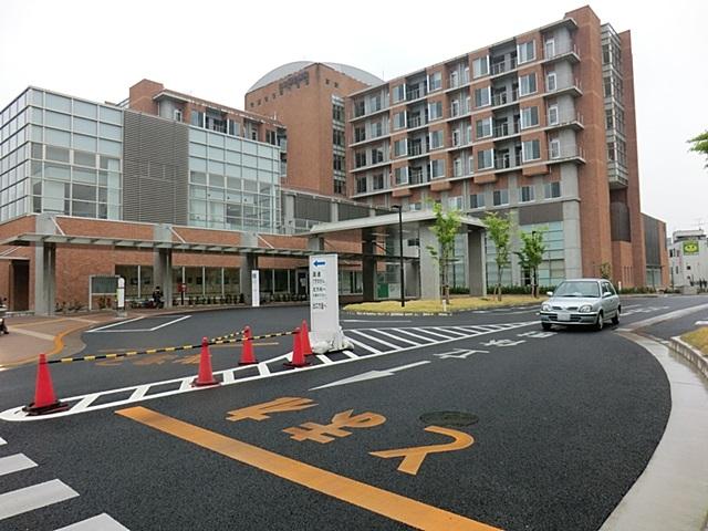 【周辺】 公立福生病院・徒歩9分 予約システムがしっかりしており、ストレスなく通院しやすい病院です。
