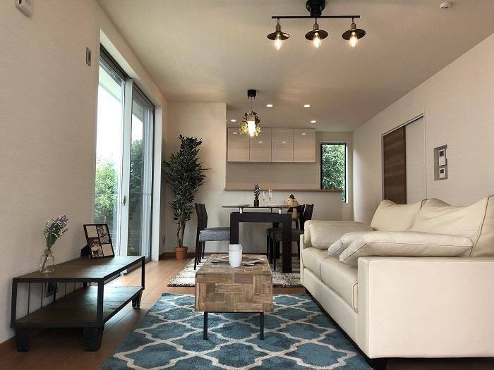 【リビング】 (リビングイメージ)ご家族の憩いの場所である大切なリビング。床暖房付で1年中過ごしやすい空間です。※