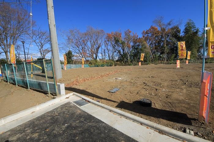 広々とした敷地で、カースペースもお庭も、たっぷり余裕を持って計画可能です。