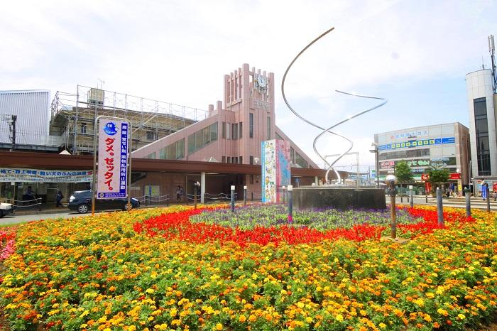 【周辺】 羽村駅 徒歩16分:駅前には24時間営業の西友羽村店があり、お出かけ帰りのお買い物にも便利です。